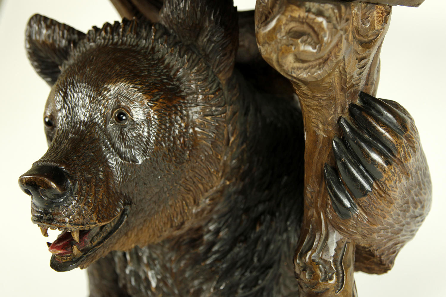 A Black Forest Swiss Bear table