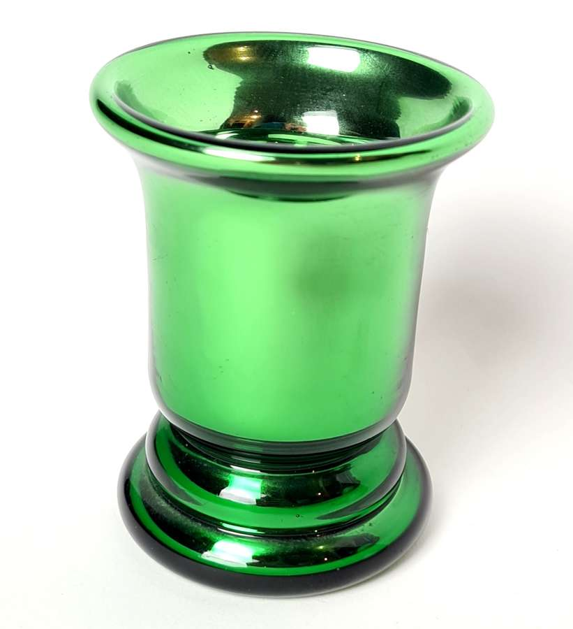 Varnish Green Glass Beaker