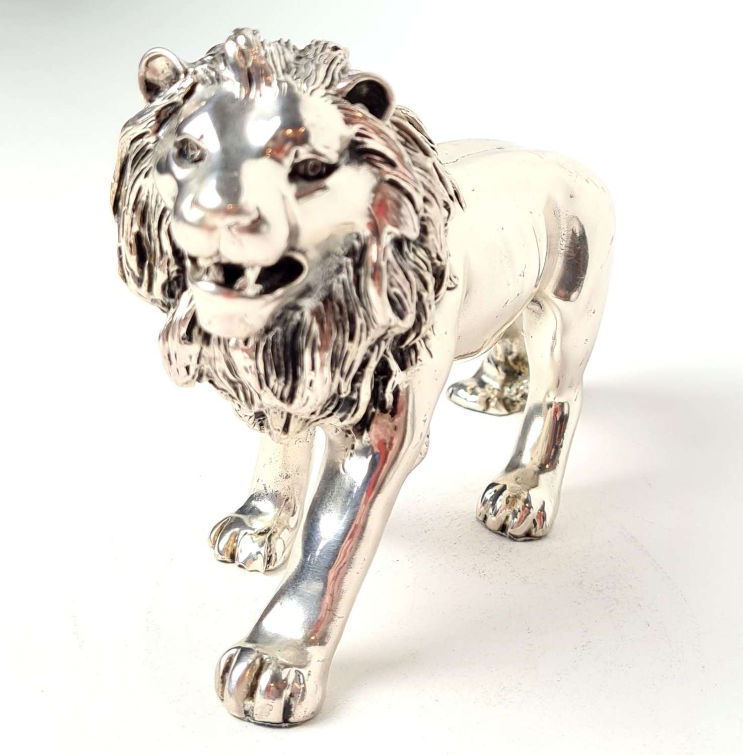 White Metal Lion