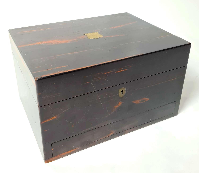 A Fine Dressing Box