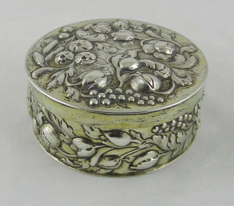 Early 18th Century Silver Gilt Box