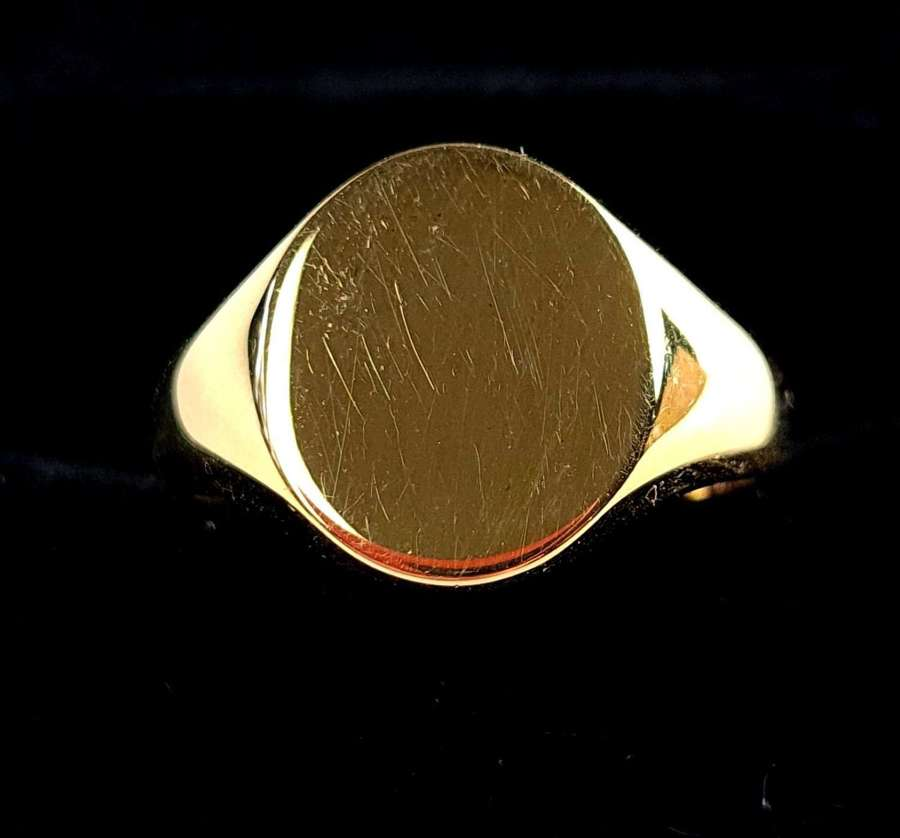 Oxford Oval Signet Ring